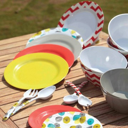 Facebook - patio plates