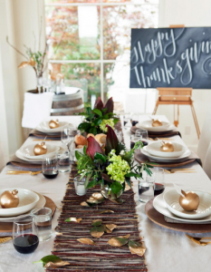 thanksgiving-table-top1